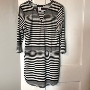 Tops - Black and white striped tunic
